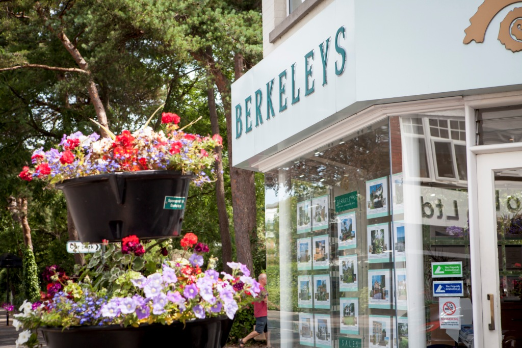 Berkeleys Estate Agents Canford Cliffs Poole Dorset