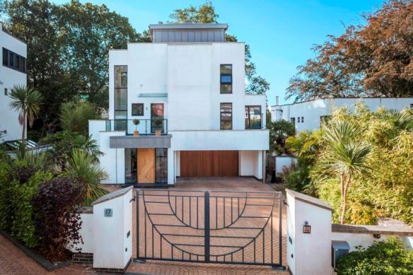 Art Deco House for Sale in Poole Dorset